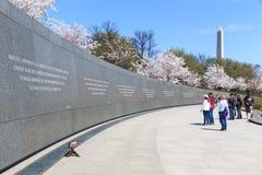 Het monument aan Dr. Martin Luther King stelde voor het publiek op Au open Stock Afbeeldingen