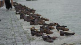 Het monument van bronsschoenen bij Hongaarse promenade Royalty-vrije Stock Foto