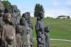 Het monument van de oorlogsslachtoffers van de kinderen in vernietigde stad Lidice Royalty-vrije Stock Afbeeldingen