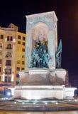 Het monument van de Republiek bij nacht, Taksim vierkant, Istanboel, Turkije Royalty-vrije Stock Foto's
