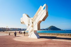 Het monument van de vredesvogel, de stad van San Sebastian, Baskisch Co Royalty-vrije Stock Fotografie
