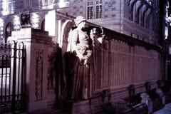 Het monument van het de nachtbeeldhouwwerk van Versailles Royalty-vrije Stock Afbeeldingen