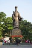 Het monument van Keizer Ly Thai aan Hanoi, Vietnam Royalty-vrije Stock Foto's