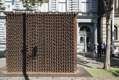 het monument van kettingen in Boedapest stock foto's
