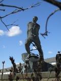 Het monument van Musa Dzhalil ` s op het Vierkant op 1 Mei in Kazan stock foto's