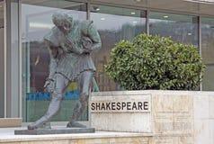 Het Monument van Shakespeare dichtbij het Hotel van Boedapest Marriott Royalty-vrije Stock Fotografie