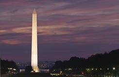 Het Monument van Washington bij Zonsondergang Stock Fotografie