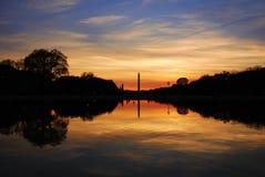 Het monument van Washington bij zonsondergang, Washington DC Stock Foto's