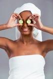 Het mooie Amerikaanse meisje van Afro Royalty-vrije Stock Afbeeldingen