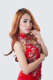 Het mooie Aziatische model dragen Cheongsam Royalty-vrije Stock Afbeelding