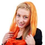 Het mooie blondevrouw stellen in studio Stock Foto