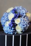 Het mooie boeket van huwelijksbloemen Stock Fotografie