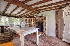 Het mooie de 16de eeuw Engelse Plattelandshuisje Dineren Roon Royalty-vrije Stock Afbeeldingen