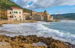 Het mooie dorp van Santa Maria di Castellabate, Cilento, Campania, zuidelijk Itali? royalty-vrije stock foto