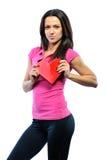 Het mooie hart van de vrouwenholding en het glimlachen aan u - geïsoleerd op w Stock Fotografie