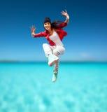 Het mooie het dansen meisje springen Royalty-vrije Stock Afbeelding