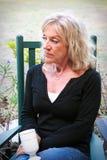 Het mooie Hogere Vrouw Ontspannen Stock Fotografie