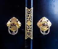 Het mooie Japanse handvat van de stijldeur royalty-vrije stock afbeeldingen