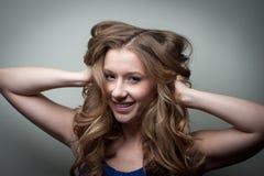 Het mooie jonge model stellen Royalty-vrije Stock Foto's