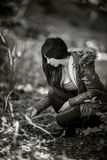 Het mooie Jonge vrouw Stellen met het positieve houding Nationaal Genieten van Royalty-vrije Stock Fotografie