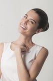 Het mooie Kaukasische meisje glimlachen Stock Afbeelding