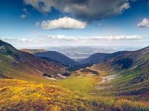 Het mooie Landschap van de Berg stock afbeelding