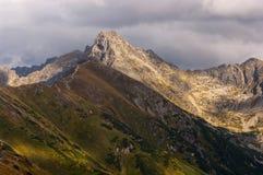 Het mooie landschap van de de herfstberg Tatry polen Stock Foto