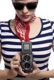 Het mooie meisje in klassieke jaren '60 het Frans kijkt Stock Foto
