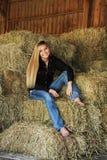 Het mooie Meisje van het Land van de Blondemiddelbare school Hogere Royalty-vrije Stock Afbeelding