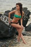 Het mooie model van het manierzwempak met glamoursamenstelling royalty-vrije stock foto's