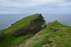 Het mooie Mykines-eiland in de Faeröer stock fotografie