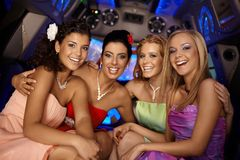Het mooie partijmeisjes glimlachen Stock Foto's