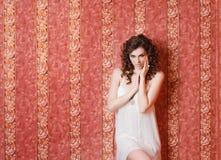 Het mooie portret van de meisjesstudio Stock Fotografie