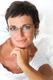Het mooie rijpe vrouw glimlachen Royalty-vrije Stock Foto's