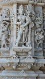 Het mooie steen snijden bij oude zontempel bij ranakpur Royalty-vrije Stock Foto