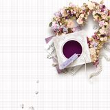 Het mooie uitstekende kader voor één foto in plakboekstijl, de dag van Valentine ` s of het huwelijk als thema hebben Royalty-vrije Stock Foto's