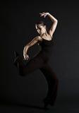 Het mooie vrouw dansen stock afbeeldingen