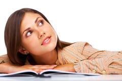 Het mooie vrouwelijke student glimlachen Stock Fotografie