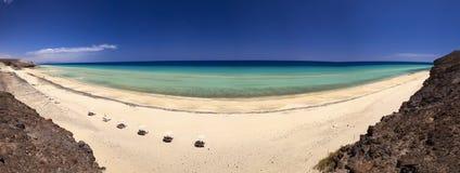 Het mooie zandige strand van Mal Nobre, Jandia, Fuerteventura, Canarische Eilanden, Spanje Royalty-vrije Stock Fotografie