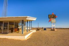 Het motel en de koffie van Roy ` s op historisch Route 66 royalty-vrije stock afbeeldingen