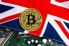 Het muntstuk van Bitcoincryptocurrency met vlag Stock Afbeeldingen