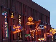 Het Museum van het neonteken in Edmonton Alberta Canada Stock Fotografie