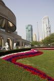 Het museum van Shanghai en moderne gebouwen stock afbeelding