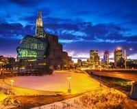 Het Museum van Winnipeg bij nacht royalty-vrije stock fotografie