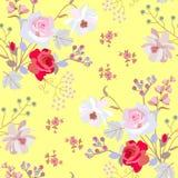 Het naadloze de zomer bloemenornament met bunchs van tuin bloeit en vogelkersenbessen die op trillende gele achtergrond worden ge vector illustratie