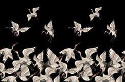 Het naadloze patroon met Japanse witte kranen in verschillend stelt voor uw ontwerpborduurwerk, textiel, druk vector illustratie