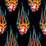 Het naadloze patroon met klassieke stammen de autovlammen van de hotrodspier en dobbelt grafisch geïsoleerd op zwarte achtergrond vector illustratie