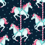 Het naadloze patroon van carrouselpaarden Stock Foto