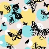 Het Naadloze Patroon van de Vlinders van de kleur Stock Afbeeldingen