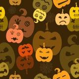 Het naadloze patroon van Halloween met pompoenen Stock Fotografie
